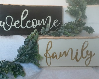 Welcome/Family Sign