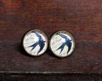 12 mm Stud Earrings, bronze; Bird