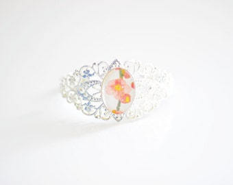 Flower Peach Cameo Bangle