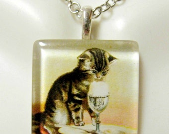 Kitty at breakfast pendant and chain - CGP01-022