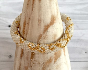 Wedding pearl bracelet, size S, cream and gold