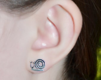 Snail Stud Earrings Silver - Earring Posts - Ear Studs - Cartilage Piercing - Helix Stud - Cartilage Stud - Simple Post Earings