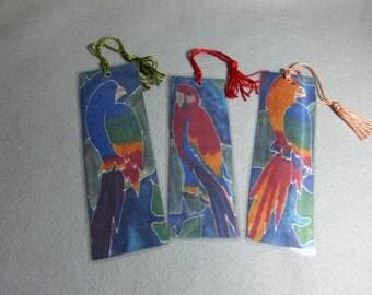 "Silk Art Bookmarks (set of 3) ""Parrots"""