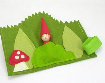 Mini Forest Play Mat with Gnome, Roll Up and Play Mat, felt toy, gnome toy, travel toy, play mat, handmade kids toy, waldorf gnome toy