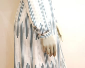 Long Sleeve Vintage Shirt Dress In White and Teal With Belt, Feminine Dress, Light Summer Dress