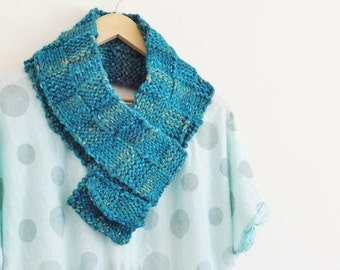 Green Knitted Scarf, Teal knitted Scarf, Green knit scarf, Chunky knitted scarf, Aqua knitted scarf, Handknitted  (610)