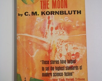 A Mile Beyond the Moon by C.M. Kornbluth Macfadden Books 1962 Vintage Sci-Fi Paperback
