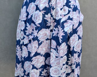 High Waisted Floral Shorts with Pockets