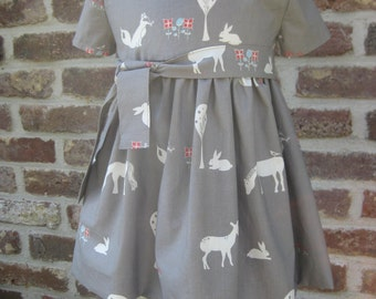 lovely Mini-Dress for girls in 100% organic cotton from Birch in grey-white with animals
