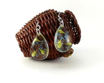 Real flower earrings Real flower jewelry Pressed flowers Drop earrings Wildflowers Nature earrings Blue white earrings Terrarium earrings