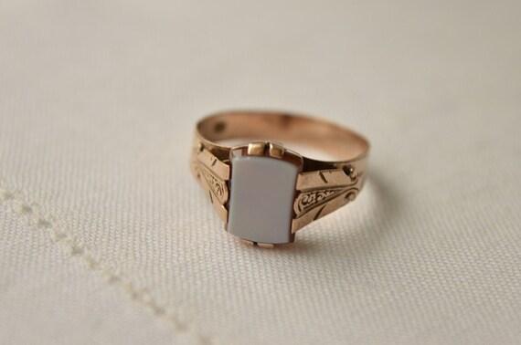 antique sardonyx 333 gold signet ring antique signet