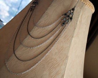 Vintage Inspired Rhinestone Featured Necklace