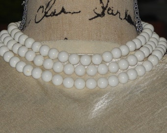 Vintage 3  Strand Choker Necklace Plastic  White Bead Multi Strand Choker Necklace