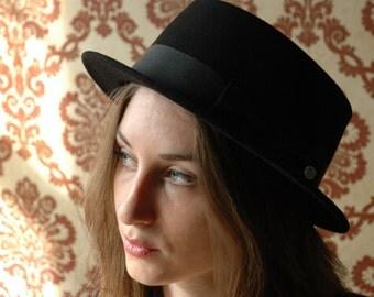 Classic Porkpie Hat - Winter / Autumn - Black felt
