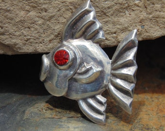 Horacio de la Parra ~ Vintage Mexican Sterling Silver Fish with Red Eye Pin / Brooch
