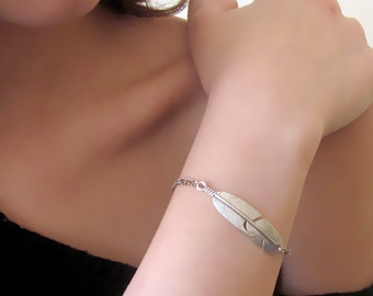 Silver Feather Bracelet , Dainty Bracelet , Feather Bracelet , Silver Bracelet , Boho Bracelet , Feather Jewellery , Tribal Jewelry