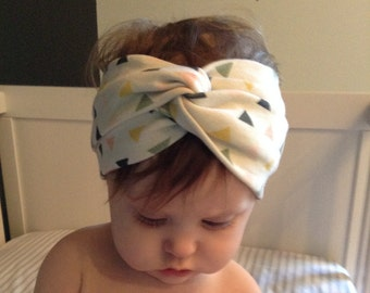 baby turban headband in triangles// baby turban//headwrap//head wrap//baby headband