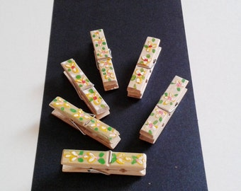 Painted Clothespins,Wooden Clothespins,Decorative Clothespins,Clothespins Photo Holder,Clothespins Crafts,Bamboo Mini Clothespins Flowers