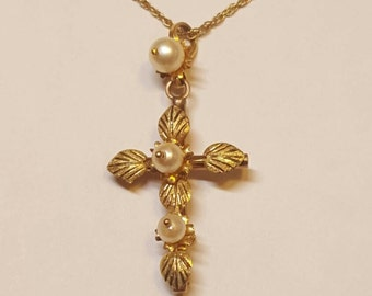 14K Gold Pearl Cross Necklace With Leaves Flower Petals