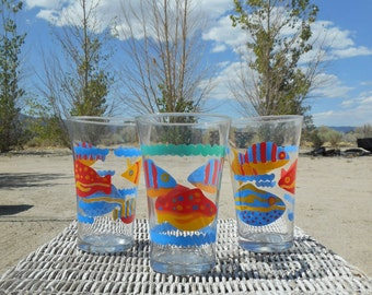 90's Abstract Tropical Fish Pattern Curved Water Glasses (Mix & Match-Set of 3)