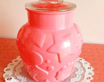 Cute vintage 60's Hazel Atlas Gingerbread pink cookie jar