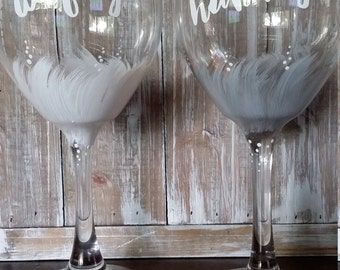Bride and Groom Wedding Toasting Glasses/Wine/Silver/Hubby/ Wifey/Grey/rustic/Gift