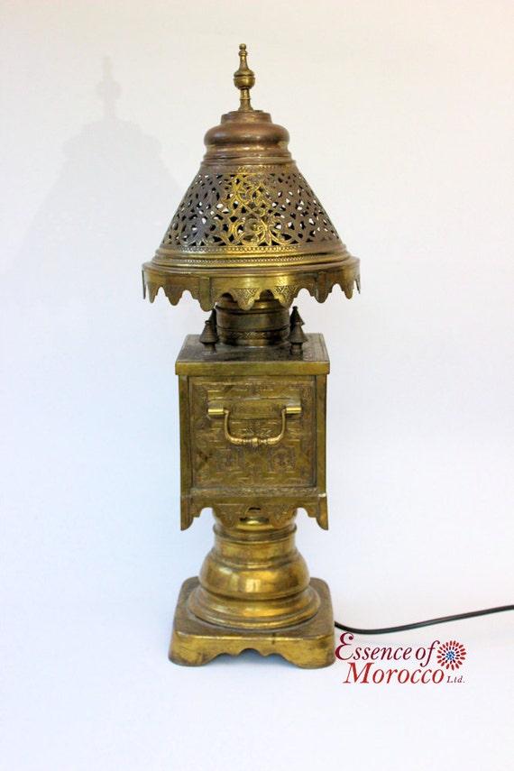 moroccan table lamp vintage brass samovar style hand crafted. Black Bedroom Furniture Sets. Home Design Ideas