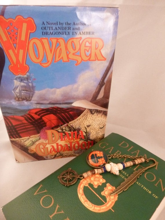 Mini Outlander inspired Voyager bronze metal bookmark w/ book cover pendant & compass charm
