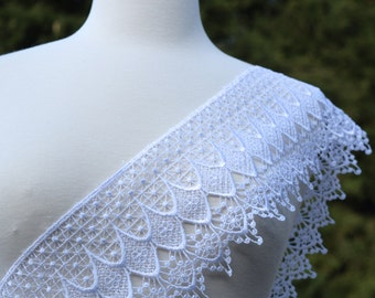 """1 YARD Priscilla's White or Ivory Venice Lace 4.5"""" in Width. Dainty and Durable. Vintage inspired"""