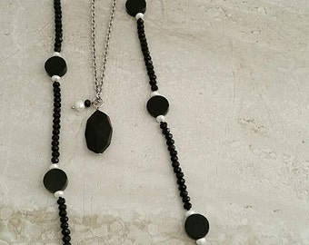 Genuine Black Onyx, Freshwater Pearls & Crystal Beaded Necklace