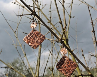 Round diamond earrings and handcrafted copper