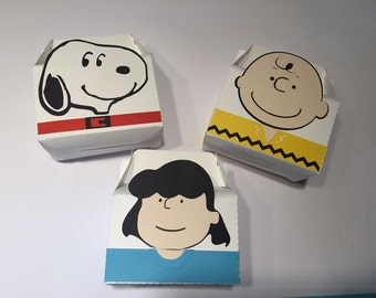 The Peanuts Snoopy favor box party 6PC