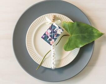 Test Tube Wedding Favour/Bombonniere. Completely Custom Favor. Loose leaf tea, mints, coffee, lollies, honey all handmade.