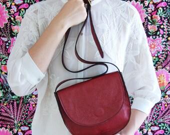 Saddle bag, leather saddle bag, burgundy saddle bag, leather messenger bag, half moon bag, women's bag, mothers day