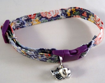 Cat Collar // Purple vintage floral