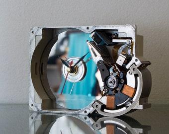 Hard Drive Clock, Unique Clock, Industrial Clock, Birthday Gift, Husband gift, Unique Gift, Boyfriend Gift, Dad Gift, Tech Gift, Gadget