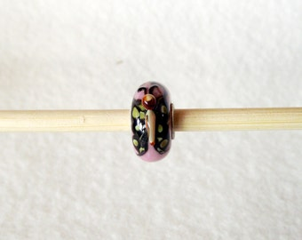 Lampwork Glass Bead in Pink with a Butterfly for European Charm Bracelet 925 Sterling Silver F020