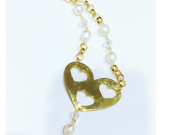 Short Pearls Heart Necklace