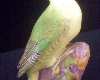 ROYAL WORCESTER Eva Soper 'Green Woodpecker #3249 hollow base