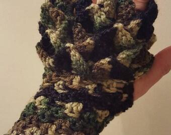 Fingerless Dragonscale Gloves