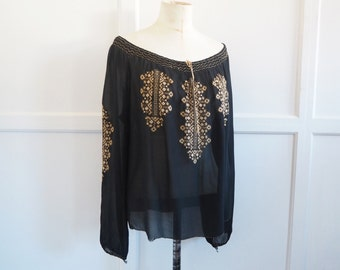 Vintage embroidered peasant blouse