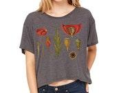 Botanical Tshirt Printed Poppy Crop Top/ Womans Dark Gray Tshirt Boho Flowers Festival Style / Vintage Illustration Digital DTG /T1102