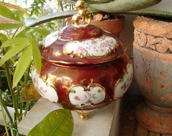 antique Hutchenreuther selb, floral & pearlescent lidded, bomboniere bowl on feet with gilt-marked Bavaria, Germany
