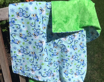 Flannel Baby Blanket / Kid Car Blanket - Owls on Blue, Personalization Available