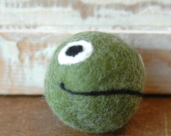 Wool Felt Ball with bell | Handmade | Frog