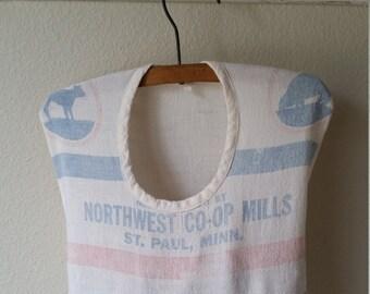 Vintage Farmhouse Clothespins Holder