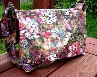 MESSENGER BAGS, MESSENER Purses, Cross Body Bags / Purses, Fabric Messengers, Ready To Ship