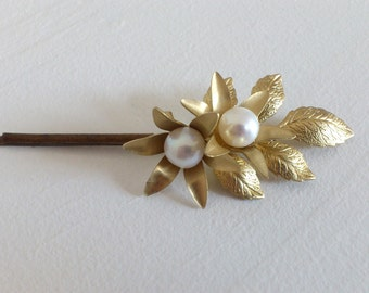 Pinch retro marriage - Roselyne - golden Sheet(Leaf) - Flowers gilded(bronzed) at the heart of pearls of fresh water