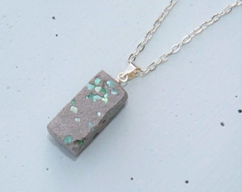 XOXO pendant chain concrete with pearly shimmer / new colors!