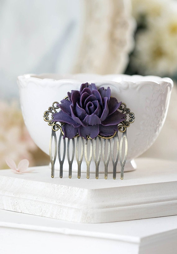 Purple Rose Flower Bridal Hair Comb Antique Brass Filigree Hair Comb Eggplant Purple Wedding Hair Comb Bridesmaid Gift Rustic Vintage Style